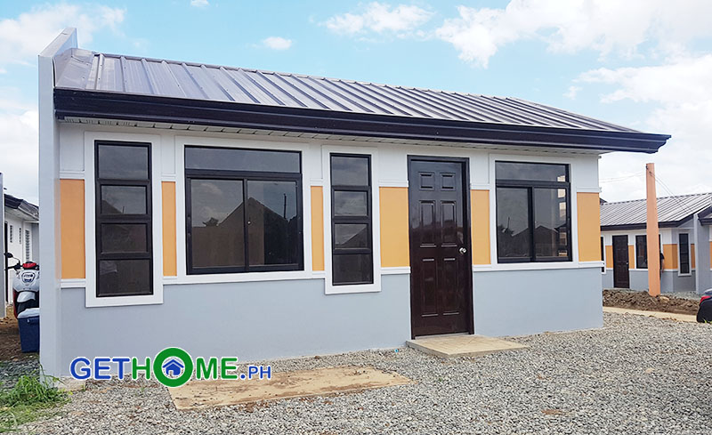 What are the requirements in buying Deca Homes Housing in Davao?