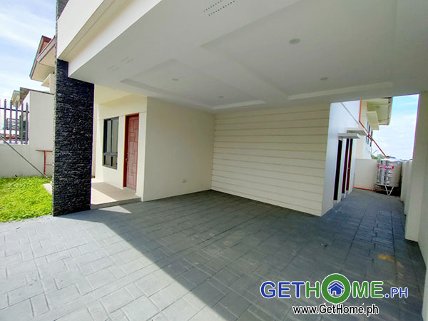 GetHomePh2 4 Bedrooms 3 Toilet & Bath Brand New House and Lot For Sale near Airport big Carport