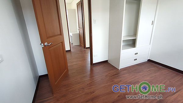 GetHomePh7 4 Bedrooms 3 Toilet & Bath Brand New House and Lot For Sale near Airport big Carport