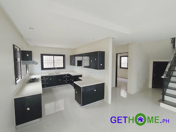 2-Storey-Beautiful-House-and-Lot-For-Sale-at-Ilumina-Estates-4-Bedrooms-3Toilet-4